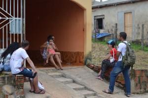 Família recebe jovens do ENPJ (Foto: Larissa Oliveira)